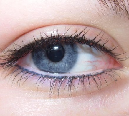 permanent-makeup-eyeliner-04zoom.jpg